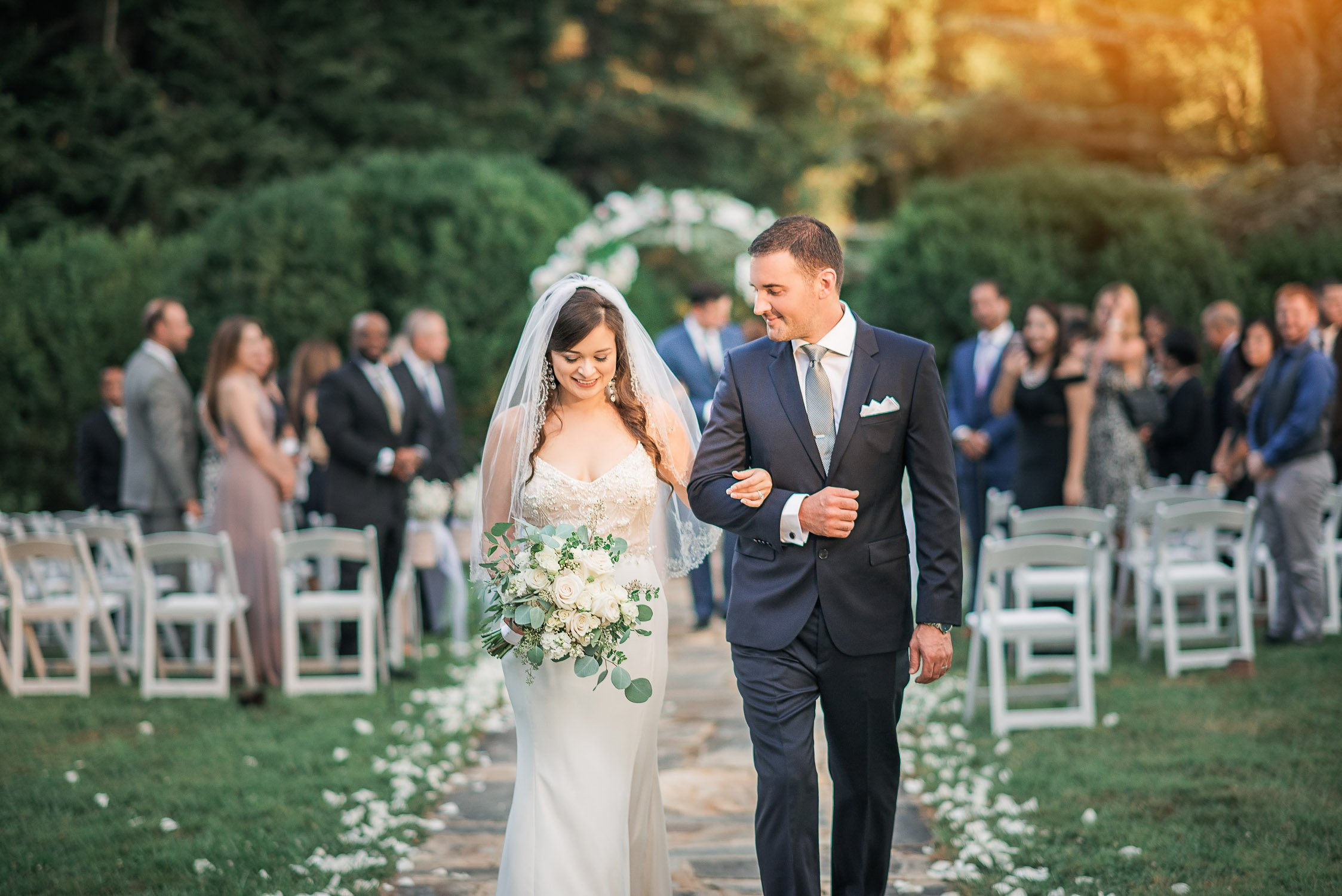 Outdoor Summer Wedding Ceremony in Rust Manor House, Leesburg, VA